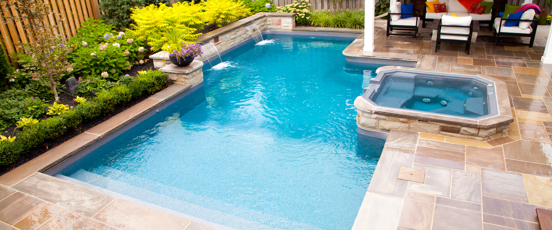 Inground onground and above ground pools boldt pools for Pictures of small inground pools