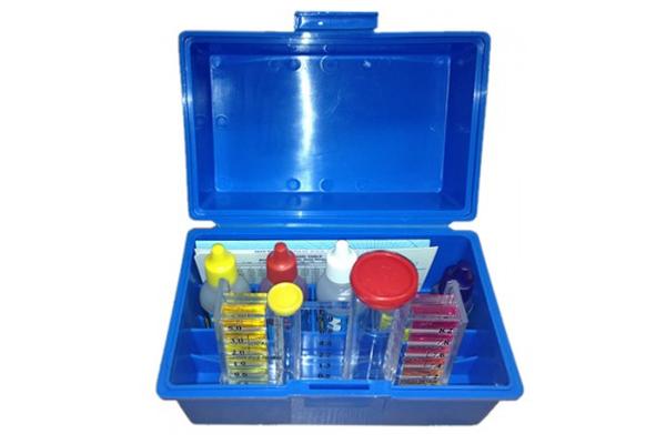5-In-1 Pool Chemical Test Kit 752940CB