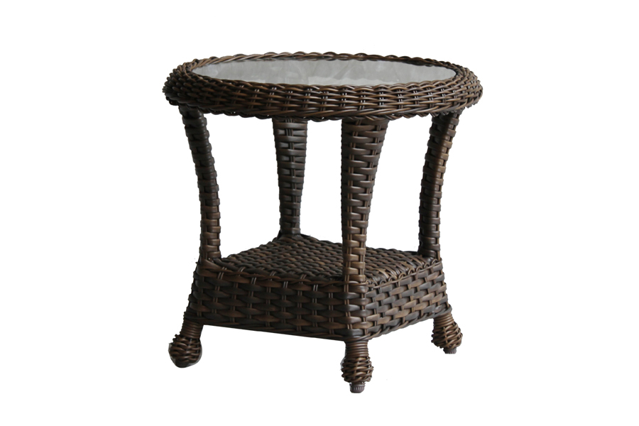 24″ Round Wicker End Table
