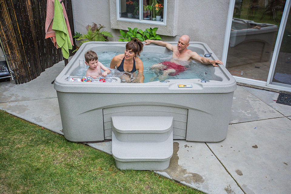 Fantasy Spa Plug N Play Entice 5 Person Hot Tub - Gallery