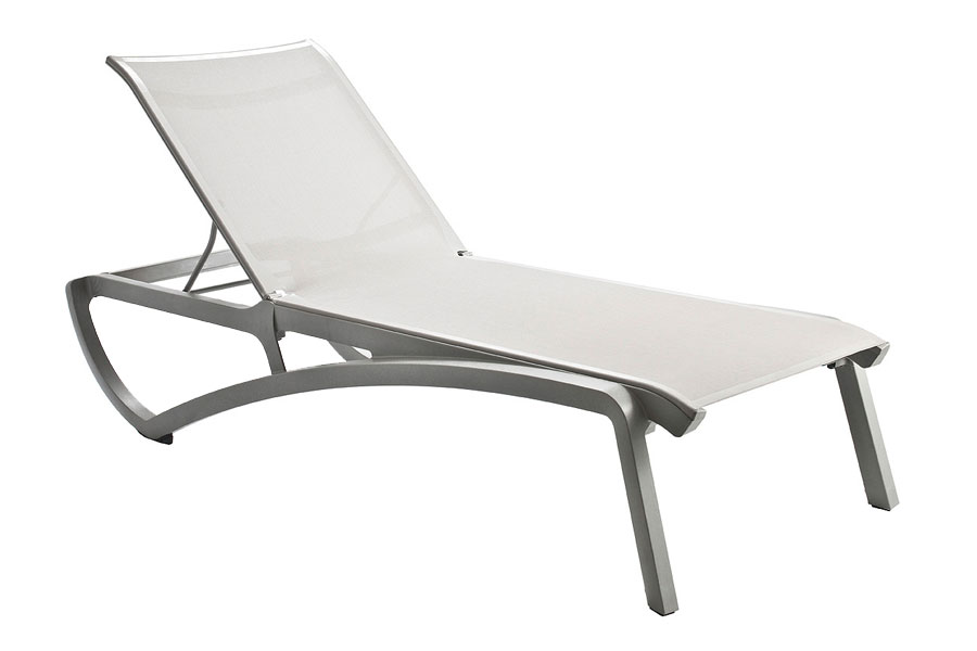 Sunset Chaise Lounge – Platinum